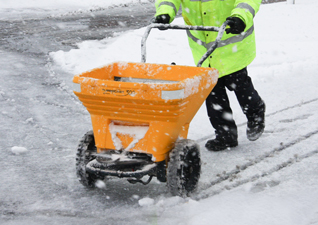 Turbocast 300 manual grit spreader bin in wintery conditions