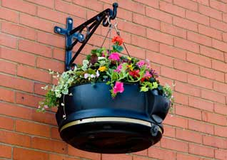 Fullbloom Rail Mounted Planter