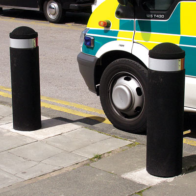 Black 900mm Buffer bollard with red/white retroreflective banding - 1