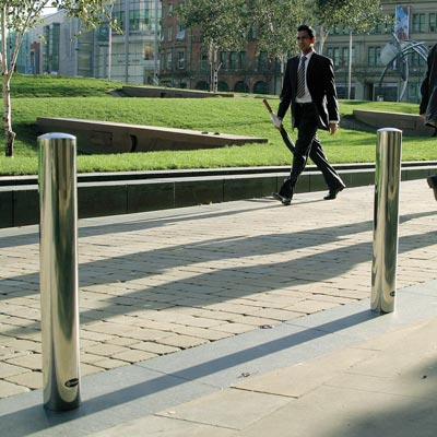 Centrum™ Stainless Steel Bollard