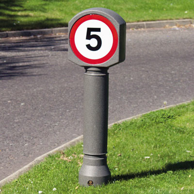 Millstone Ensign bollard with sign Ref 670