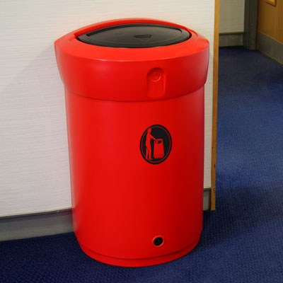 Envoy 110L internal litter bin in Red