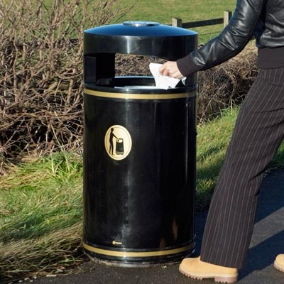 Metal Chieftain litter bin - 2