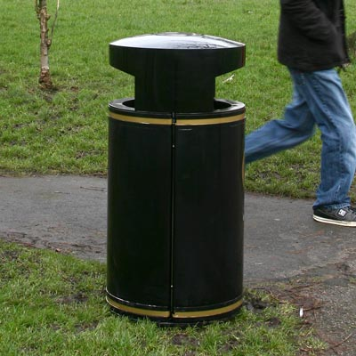 Metal Chieftain litter bin - 4