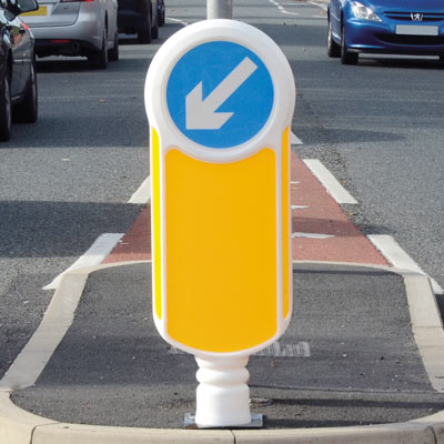 Socketed Rebound Signmaster™ Bollard Compliant to Passive Safety Standard: BS EN 12767:2007