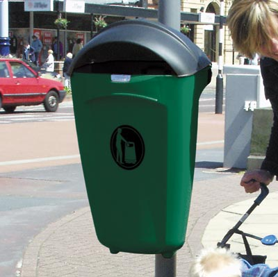 Super Trimline 50 HSL litter bin in Deep Green