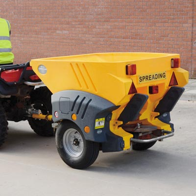 Turbocast 800™ Towable Salt Spreader