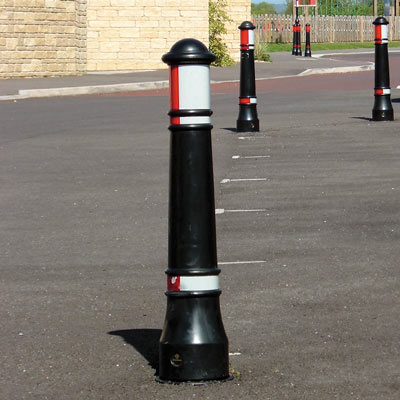 Victory bollards with red/white retroreflective banding